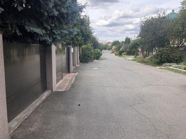 Святопетровское 0,738га асфальтированная, зеленая улица