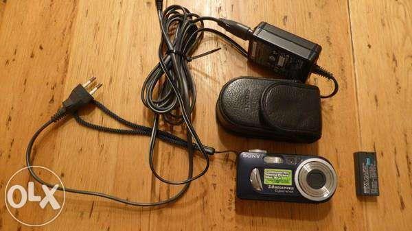 Máquina fotográfica Sony P12
