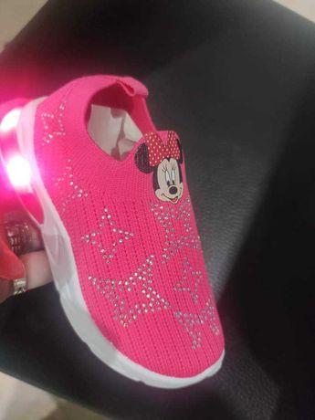 Sapato com luzes 22 ao 26