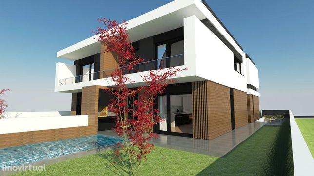 Exclusivo Imobiliária CR - Moradia M4 Arq. Moderna na Quinta da Mainça