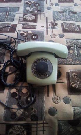 продам комплект стаціонарних телефонів