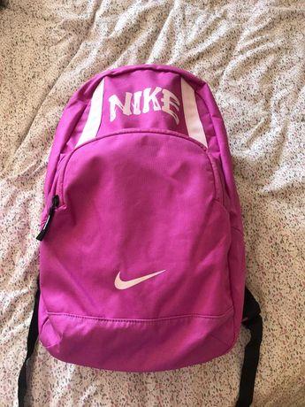 Mochila Nike -como nova
