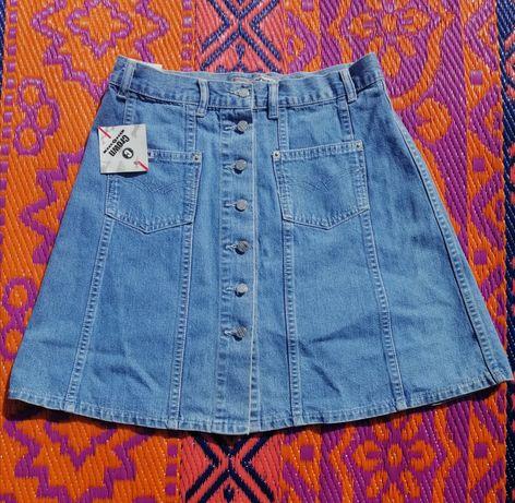 Spódnica jeans Crown krótka.
