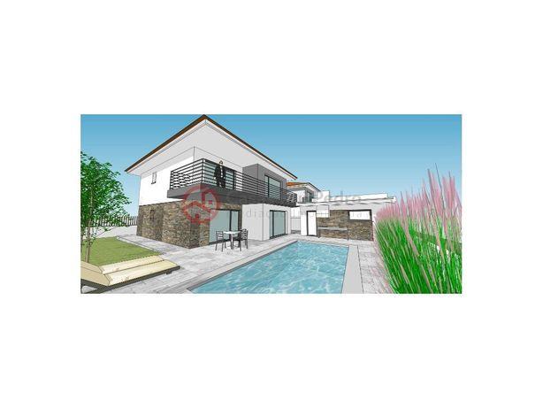 Moradia Isolada T4 com piscina e box, nas Quintinhas, Cha...