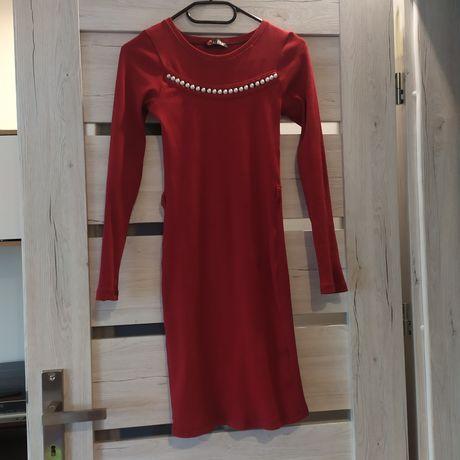 Sukienka długi rekaw dopasowana koraliki
