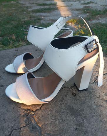 Туфли женские, летние