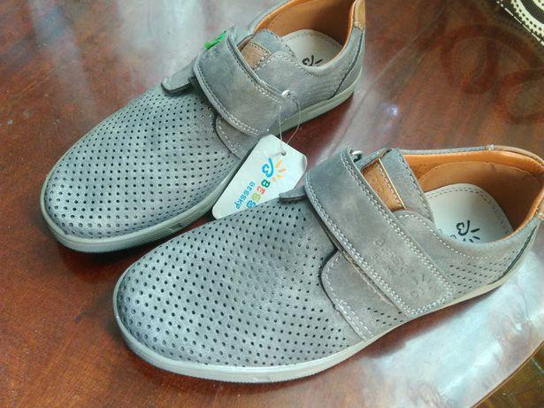 Нове взуття для хлопчика 36 р туфлі літні, босоніжки