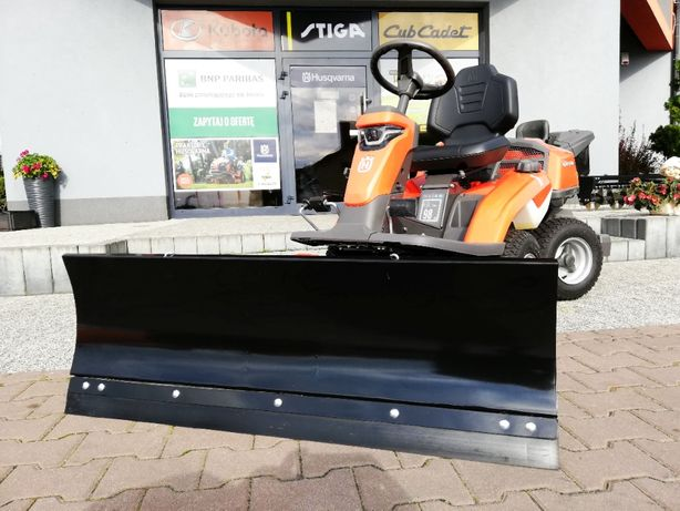 Powystawowy traktor Husqvarna R316TX + pług śnieżny + agregat 112 cm