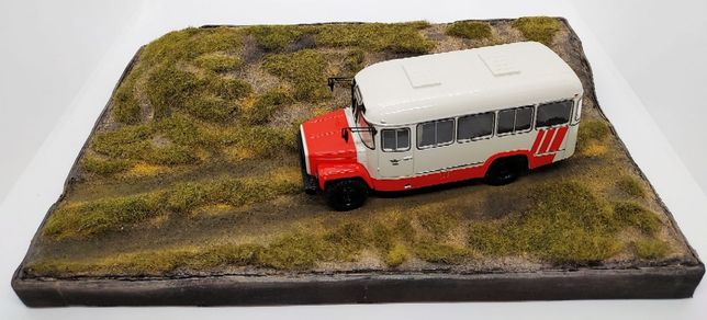 Подставка 1/43 для фото моделей грузовиков, легковых автомобилей
