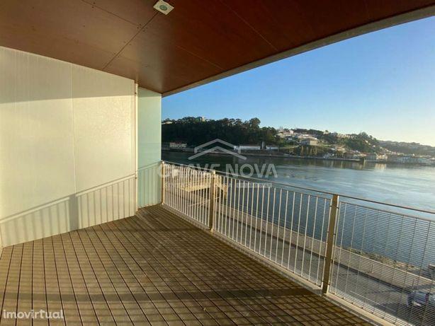 T2 ao Rio Douro, com vistas fabulosas