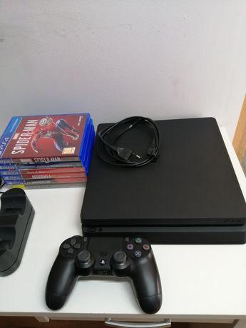 PlayStation 4, 1TB, slim +7 gier
