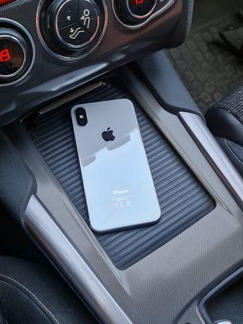 Белый iPhone X на 64 отличный
