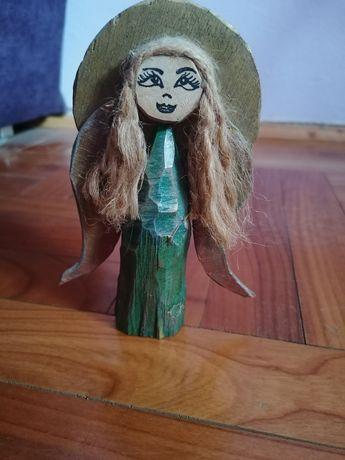 Anioł aniołek drewniany figurka rękodzieło