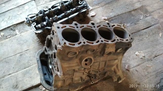 Продам блок мотор двигатель головка Тойота Камри