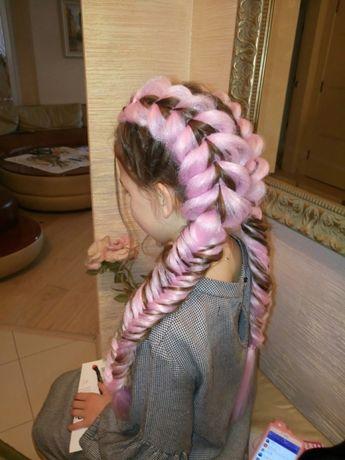 Причёски, локоны, плетение кос, косы с канекалоном, наращивание волос