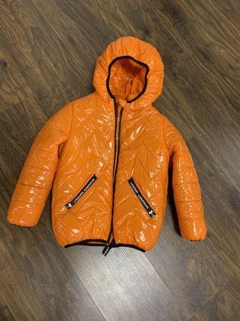 Куртка осенняя оранжевая