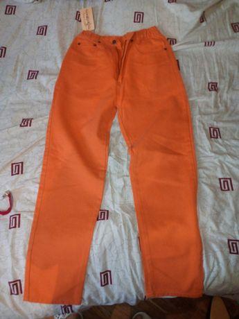 Обменяю НОВЫЕ джинсы для девочки-подростка