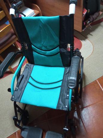 Cadeira de rodas (Ultra leve)