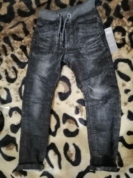 Нові джинсики на хлопчика фірми George