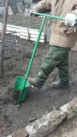 Лопата для обработки почвы