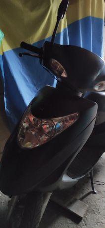 Продам мопед Diamond Skymoto 125 кубиков