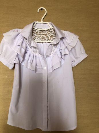 Белаю рубашка на девочку 12-14 лет