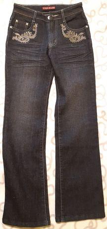 Джинси джинсы брюки на девочку 9 10 11 лет рост 146-152 см