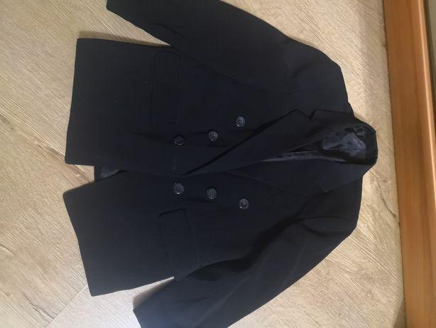 Піджак, жилетка для хлопця 7-8років