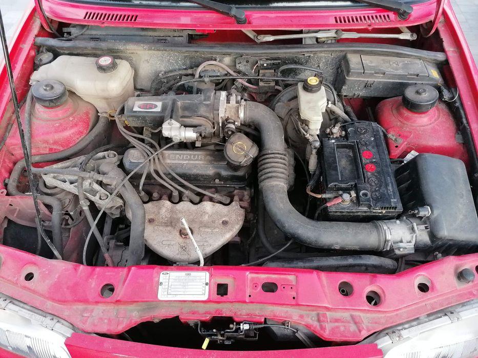 Silnik Ford  1.3 Benz. Drzwi klapa wydech zawieszenie Trzebiszewo - image 1