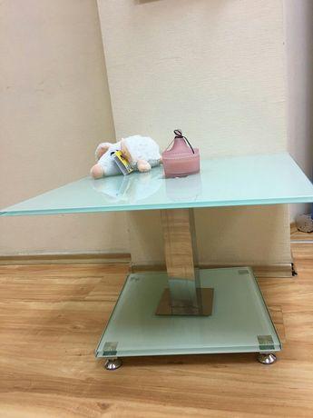 Стол стеклянный, журнальный столик
