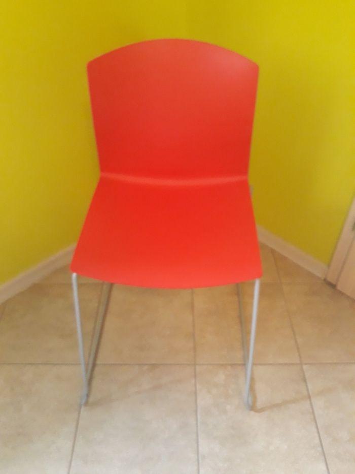 Krzesła plastikowe, chromowe. Złotniki Kujawskie - image 1