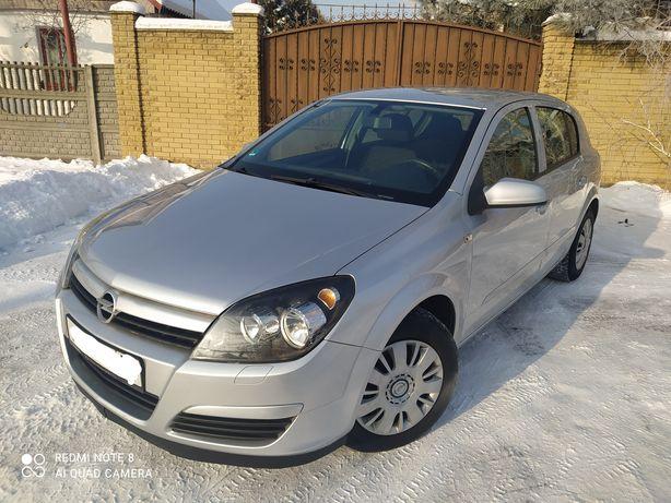 Продам Opel Astra H
