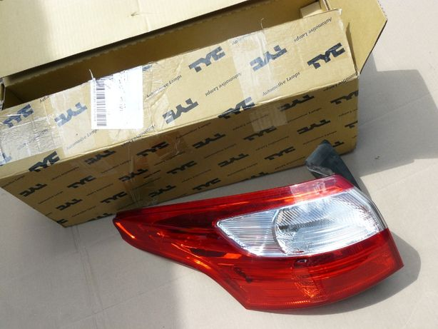 Ford Focus III Lampa tylna lewa nowa