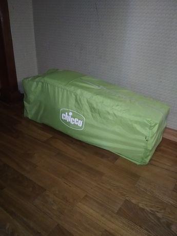Кровать-манеж Chicco Easy Sleep предназначена для деток от рождения
