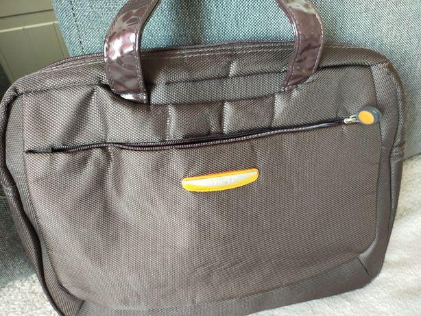Sprzedam torebek damską na laptopa