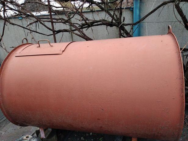 Бак ,ёмкость ,бадья ,  радиатор отопления чугу стеллажи для гаража и т