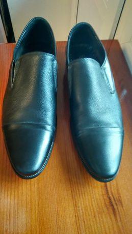 Кожанные туфли состояние новых