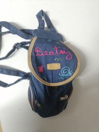 Mini mochila com nome