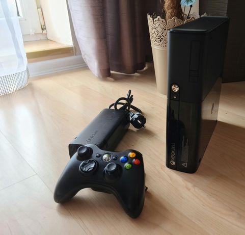 Xbox 360 slim  zadbany