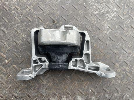 Подушка двигателя правая форд фокус 3 гидроопора