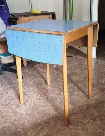 Деревянный раскладной стол на кухню
