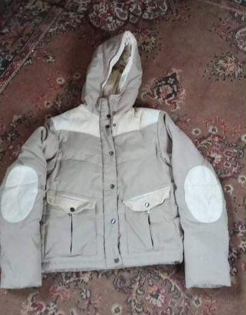 Куртка пуховик для хлопця стан нової