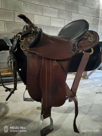 Сідло кінне, седло конное