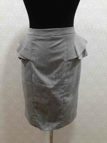 Продам юбку б/у с завышенной талией