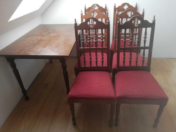 Krzesła drewniane tapicerowane i stół