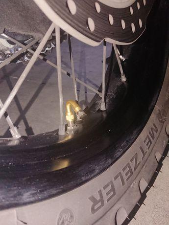 Válvula curva 135/90/45 graus para motos ou carros