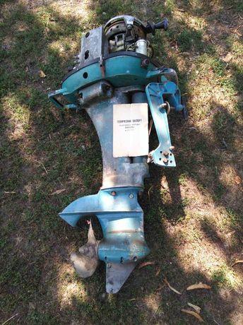Лодочный мотор Вихрь с документами