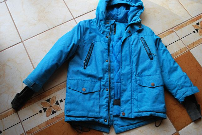 Kurtka chłopięca reserved rozmiar 116 niebieska śliczna na zimę