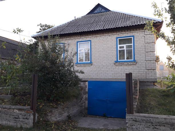 Продам дом в пгт Петрово