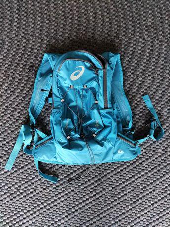 Vendo mochila ASICS lightweight para corrida ou trail